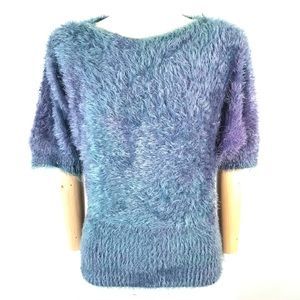 Last woman fuzzy sweater short sleeve M/L